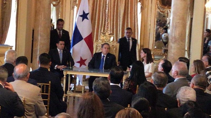 Gobierno y PNUD firman acuerdo para diálogo sobre reformas constitucionales