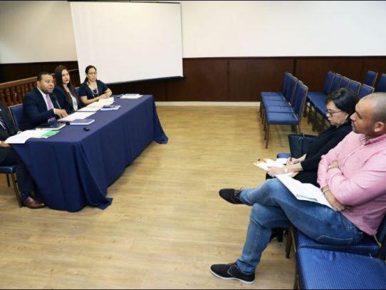 TE realiza entrega del financiamiento poselectoral a diputados independientes