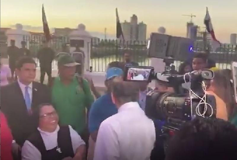 Presidente Cortizo recibe a gremios que marcharon en contra de las reformas a la Constitución