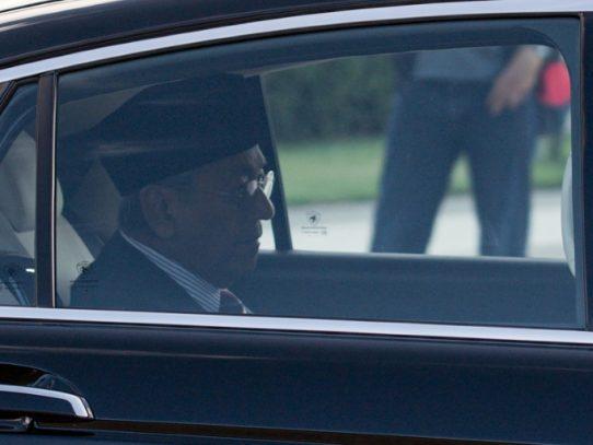 El primer ministro de Malasia presenta su dimisión al rey