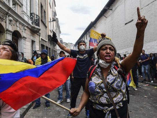 Momentos clave de la crisis política en Ecuador