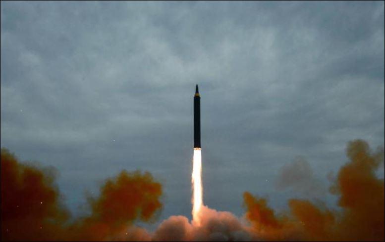 Francia condena nuevos lanzamientos de misiles de Corea del Norte