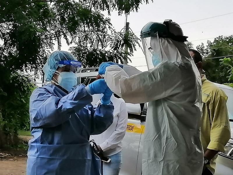Covid: Este viernes se reportan 956 contagios nuevos y 12 defunciones