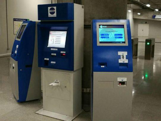 Metro solicita a Sonda instalación de máquinas que acepten monedas de un dólar