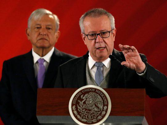 Conflicto de interés y decisiones sin sustento: las causas de la renuncia del ministro de finanzas de AMLO