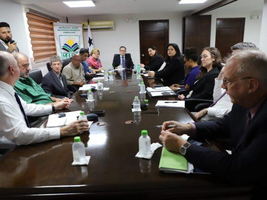 EE.UU. asesora al MIDA sobre tecnología de punta para manejo del agua