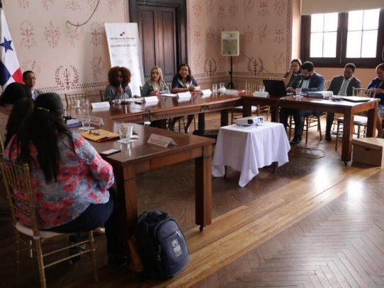 Migración Panamá participa en reunión de protección para refugiados