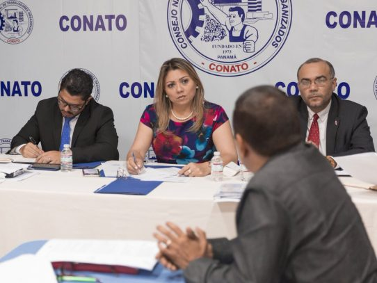 Conato y Mitradel buscan instalar mesa del salario mínimo
