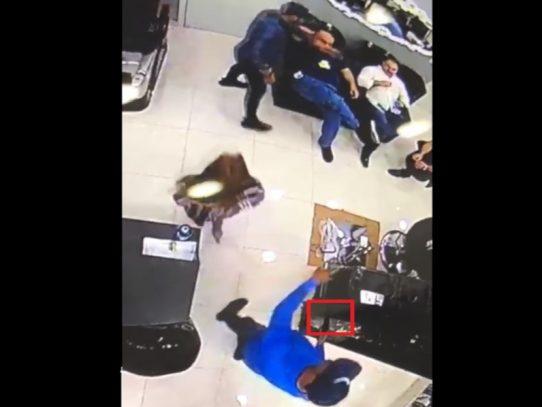 Intento de asalto sale mal, todo quedó captado en vídeo