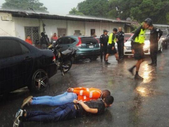 La Policía atrapa a cuatro hombres tras robar en una joyería en Penonomé