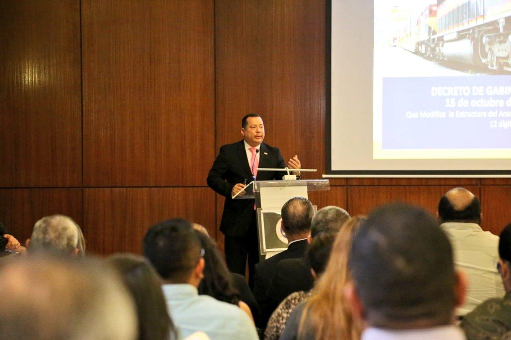 Aduanas explica a empresarios de la CCIYAP nueva estructura arancelaria de importación