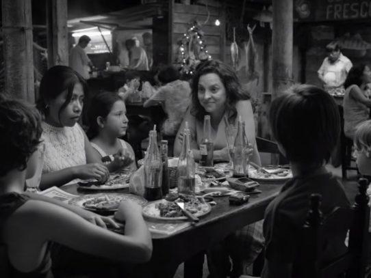 """""""Roma"""", del mexicano Cuarón, gana cinco estatuillas en Premios Platino del Cine Iberoamericano"""