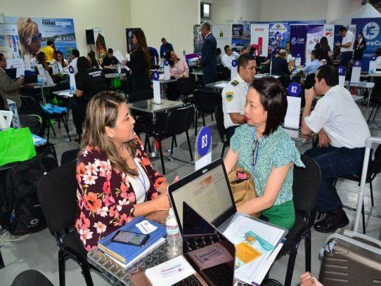 La ZLC explora oportunidades de negocios