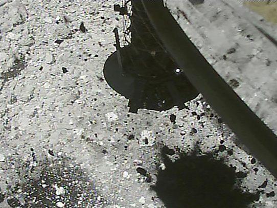 Sonda japonesa crea el primer cráter artificial en un asteroide