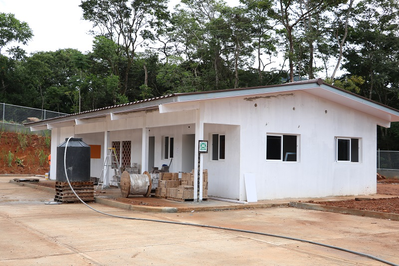 MINSA retomará proyectos de infraestructuras de salud
