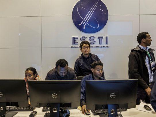 Etiopía lanza su primer satélite