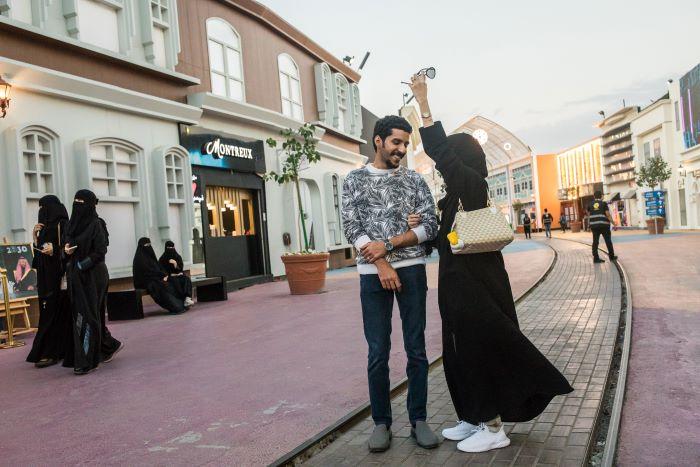 La sociedad saudita está cambiando, solo echa un vistazo a estas cafeterías
