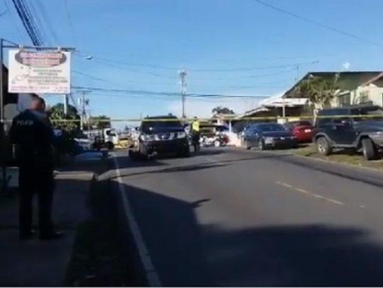 Hombre muere tras ser atropellado por una camioneta en La Chorrera