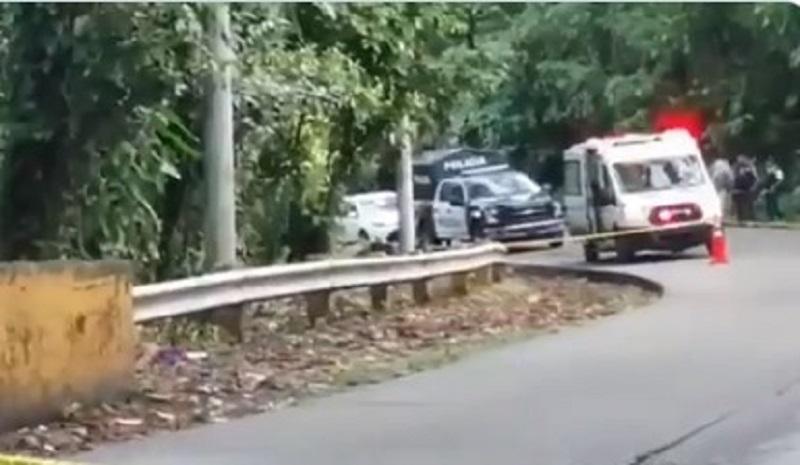Hallan un cuerpo amordazado a orillas de una carretera en Colón