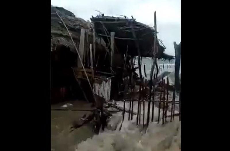 Fuertes oleajes causan estragos a casas en islas de Guna Yala