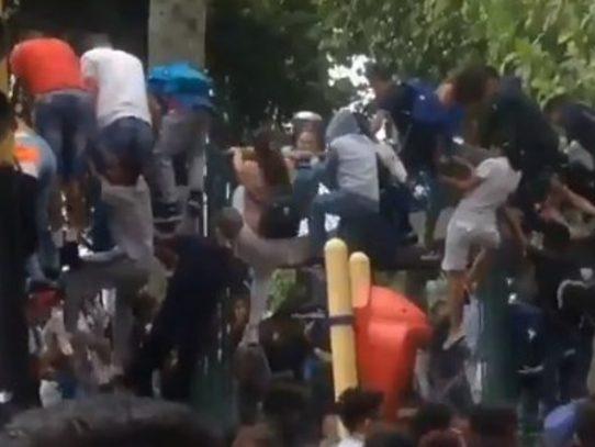Una joven muerta y al menos 19 heridos deja estampida en concierto en Caracas