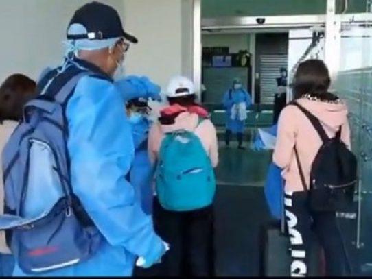Panameños llegan al país procedentes de ocho naciones de Europa
