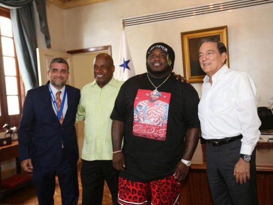 Sech visitó la Presidencia y planteó proyectos para jóvenes en riesgo social