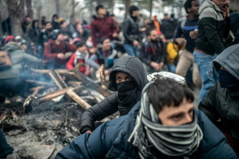 """""""¿Estamos en Grecia?"""", preguntan los migrantes al cruzar la frontera greco-turca"""
