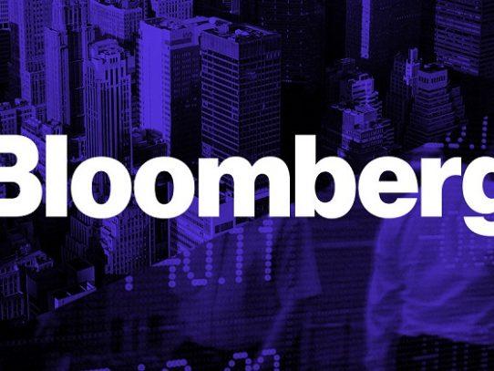 Multan a agencia Bloomberg por difusión de noticias falsas sobre la Bolsa de París