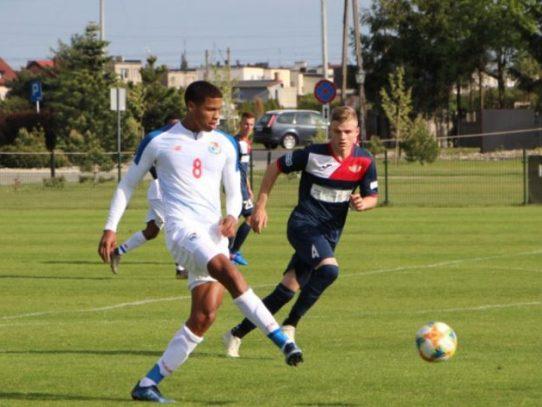 Panamá empata sin goles con el Polonia Środa Wielkopolska