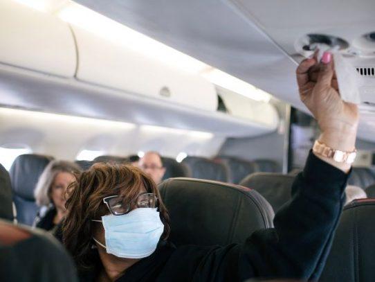 ¿Cuánto tiempo sobrevive el coronavirus en las superficies o en el aire que te rodea?