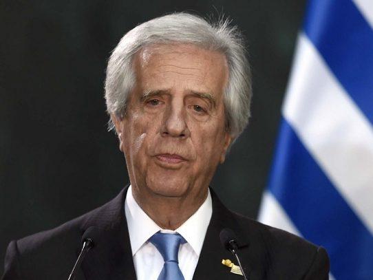 Presidente de Uruguay Tabaré Vázquez tiene cáncer de pulmón, confirma su médico