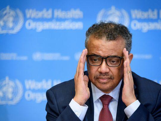 """OMS advierte sobre """"aumento exponencial"""" de la pandemia y Europa se confina"""