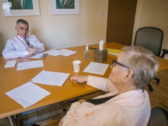 Nuevas terapias que ayudan a los pacientes con demencia a hacer frente a la depresión