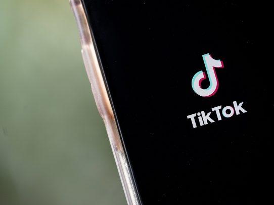 TikTok toma medidas para proteger a los usuarios más jóvenes