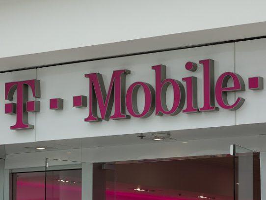 Regulador de telecomunicaciones de EEUU autoriza fusión de Sprint y T-Mobile