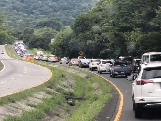 Tranque en la Vía Interamericana por retorno a la Ciudad de Panamá