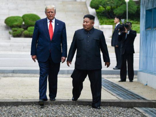 """Trump advierte que Kim Jong Un tiene """"todo"""" para perder al mostrarse """"hostil"""""""