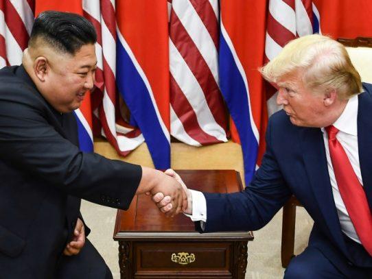 """Corea del Norte dice que Trump propone a Kim """"impulsar"""" relaciones"""