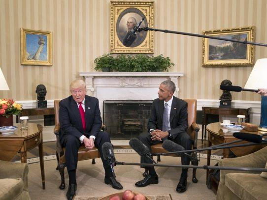 Obama atrapado de vuelta en la campaña entre Biden y Trump