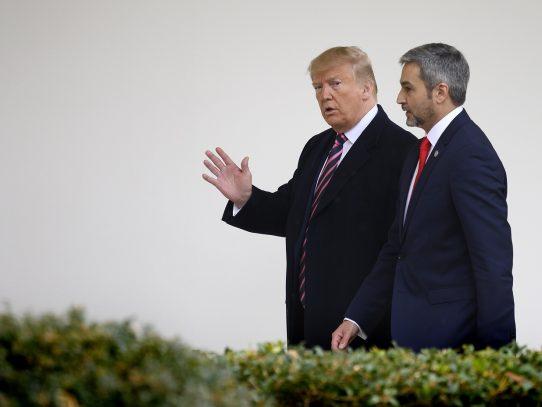 Trump llamó al presidente paraguayo y donó 250 respiradores