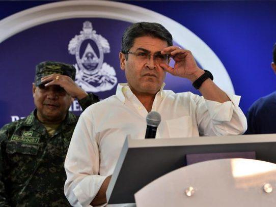 Fiscal de EEUU dice que presidente de Honduras recibió millones de USD de narcos, incluido el Chapo