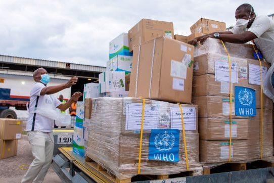 """Hacer llegar las vacunas """"a buen puerto"""", un desafío logístico"""