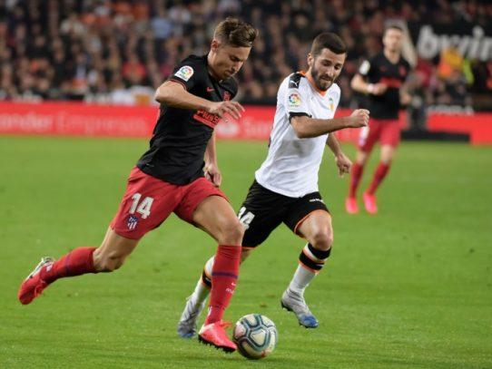 Valencia y Atlético empatan 2-2 antes de sus partidos de Champions