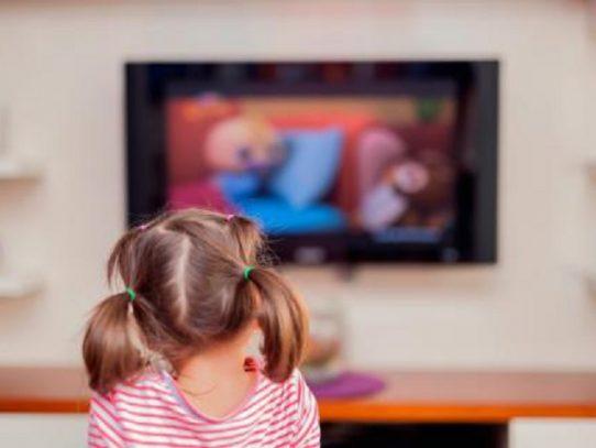 Mides: La exposición sin supervisión a pantallas digitales afecta el desarrollo de los niños
