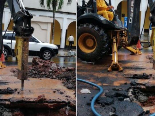 Vía Veneto y sectores aledaños sin agua por rotura de tubería