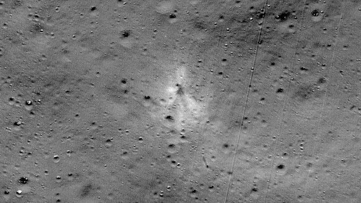 La Nasa encuentra el sitio de impacto de sonda lunar de India