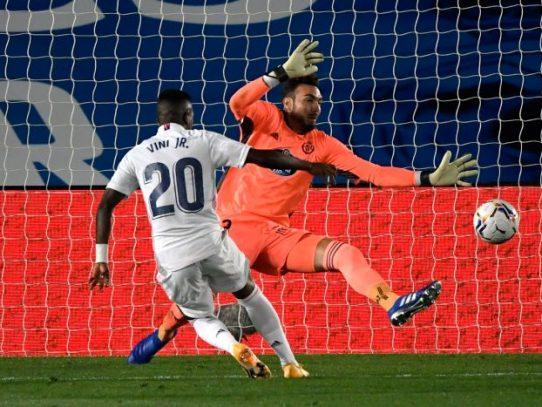 El Real Madrid gana 1-0 al Valladolid impulsado por Vinicius