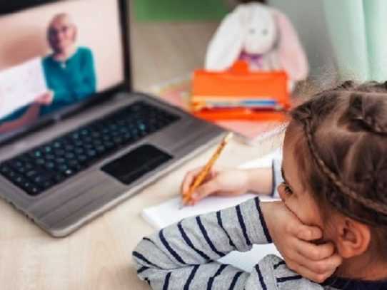 Confinamiento y educación virtual, factores de riesgo para la ansiedad en menores de edad