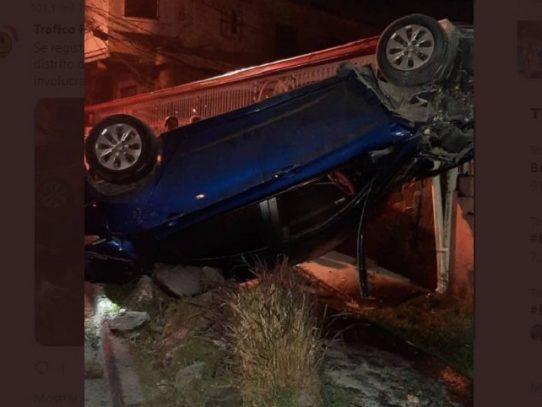 Aparatoso accidente vehicular  en Veranillo